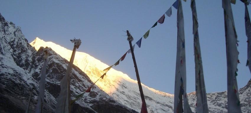 Sentier du patrimoine culturel Tamang - Vue Lever du Langtang