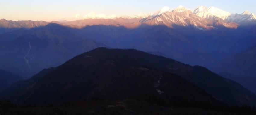 Trek du circuit de Helambu - Vue Lever de Helambu Valley