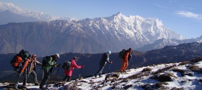 Trek dans le Langtang Gosaikunda - Langtang Gosainkunda Trekking- Vue de Lauribinayak