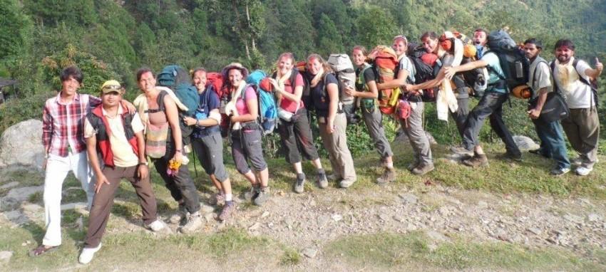 Nos guides et porteurs - Haut Himalaya Trekking et le guide et les porteurs de l'