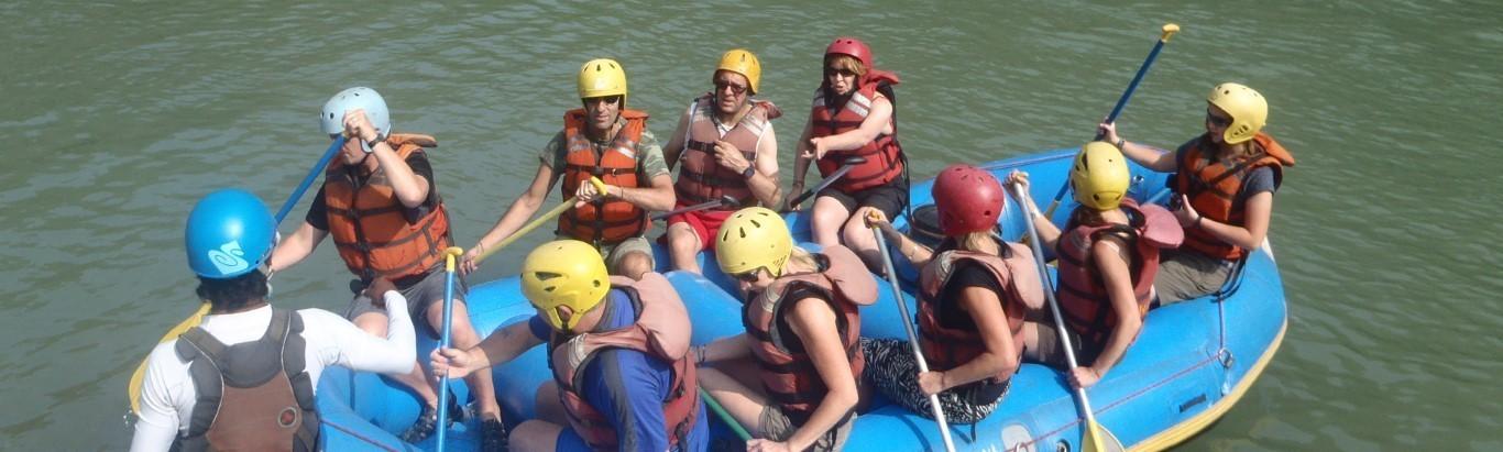 Rafting dans les eaux vives népalaises