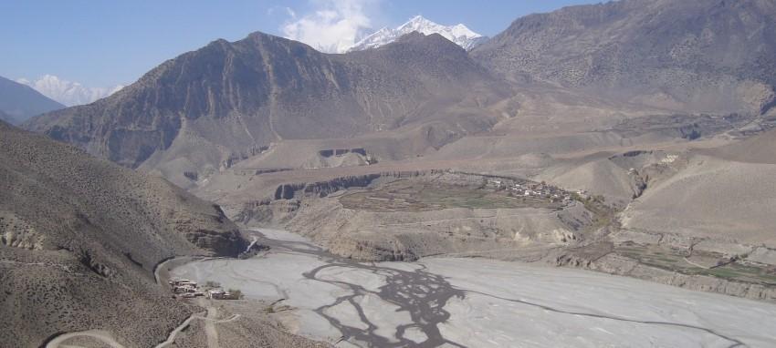 Поход к Джомсому и Муктинатху - Вид на маршрут к Мустангу