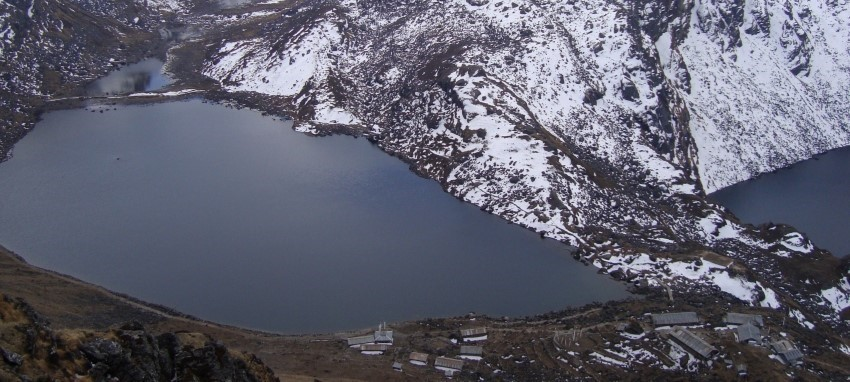 Поход к Лангтангу и Госаикунде - Поход к Лангтангу и Госаикунде - священное озеро Госаикунда