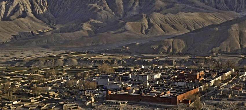 Поход вокруг верхнего Мустанга - Поход вокруг верхнего Мустанга и в Ло-Мантханг