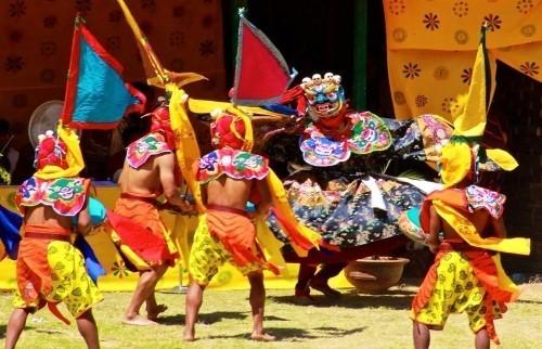 Поездка на фестиваль в Бутан