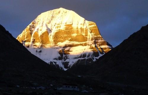Экскурсия в Лхасу, к подножию Эвереста и горе Кайлаш